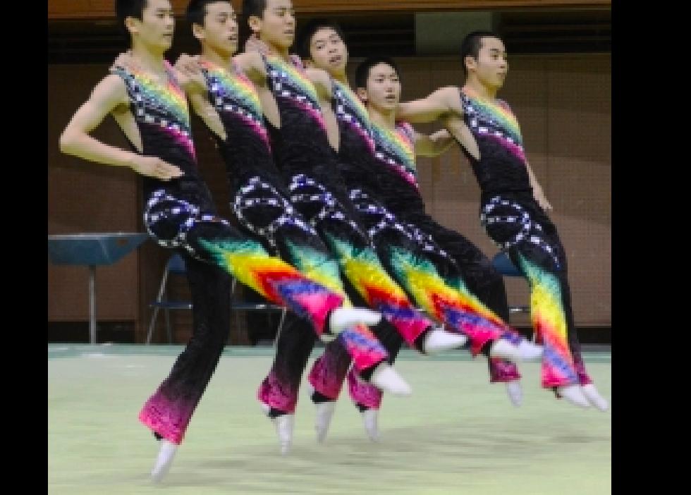 夏のインターハイ。美しすぎる男子高校生の新体操に目が離せない!!!