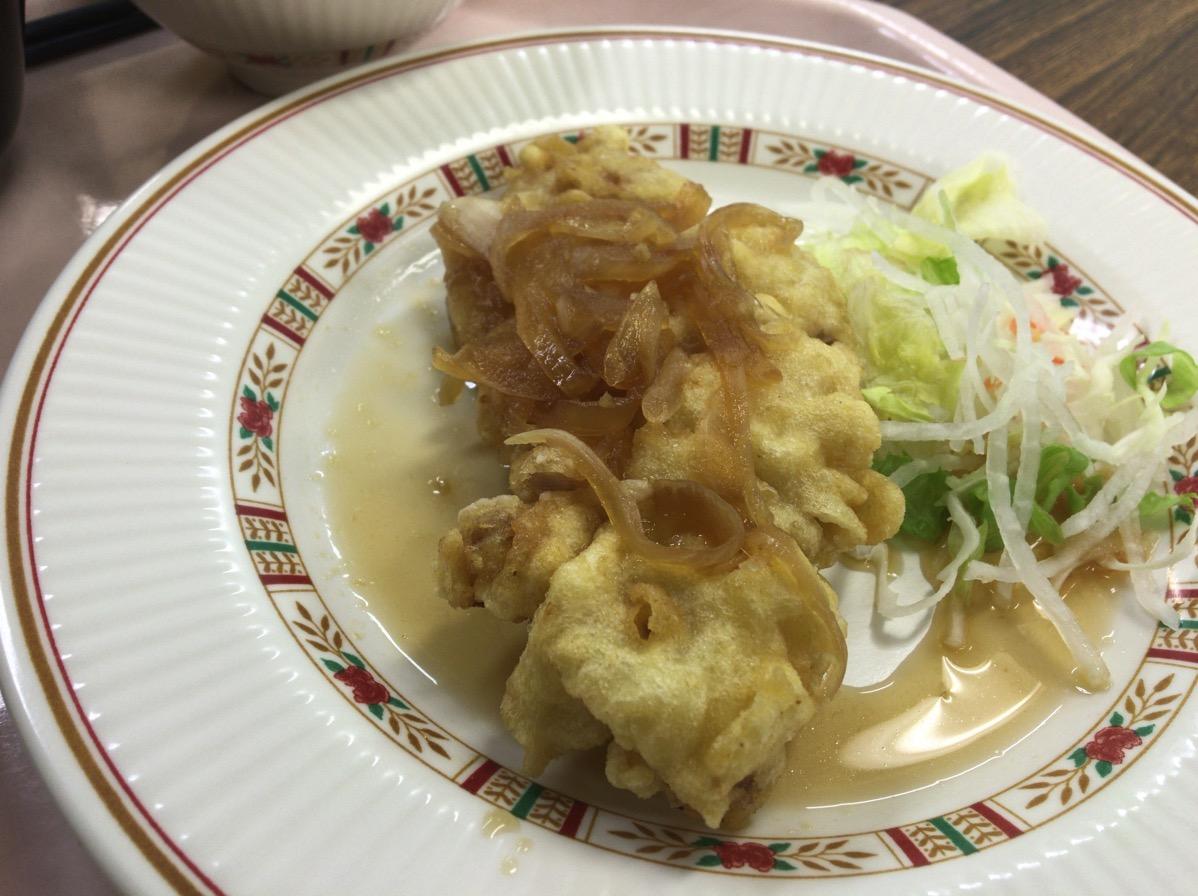 MBC南日本放送の社員食堂「すずめ」でAランチじゃ!タココラ!タコじゃなくてチキン食べた。