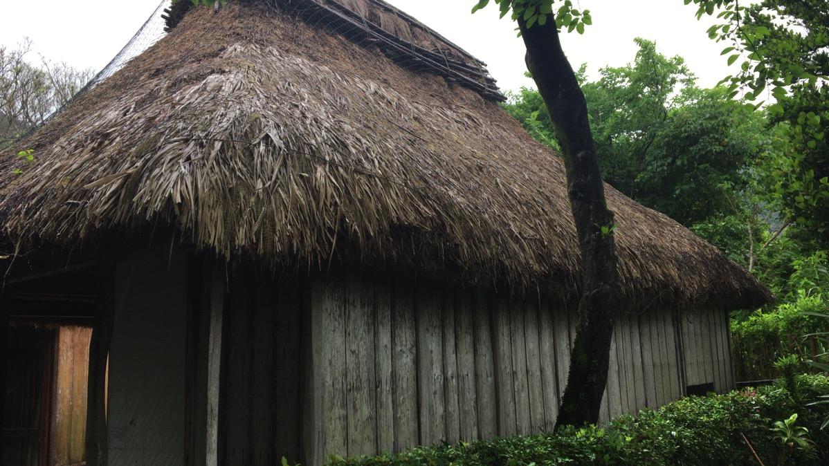 奄美大島の龍郷町に西郷隆盛が島妻愛加那と暮らした家が残っている。