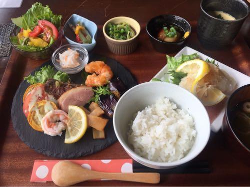 【公ノ庵】薩摩川内入来の古民家お食事処で、橋を見ながらいい時間