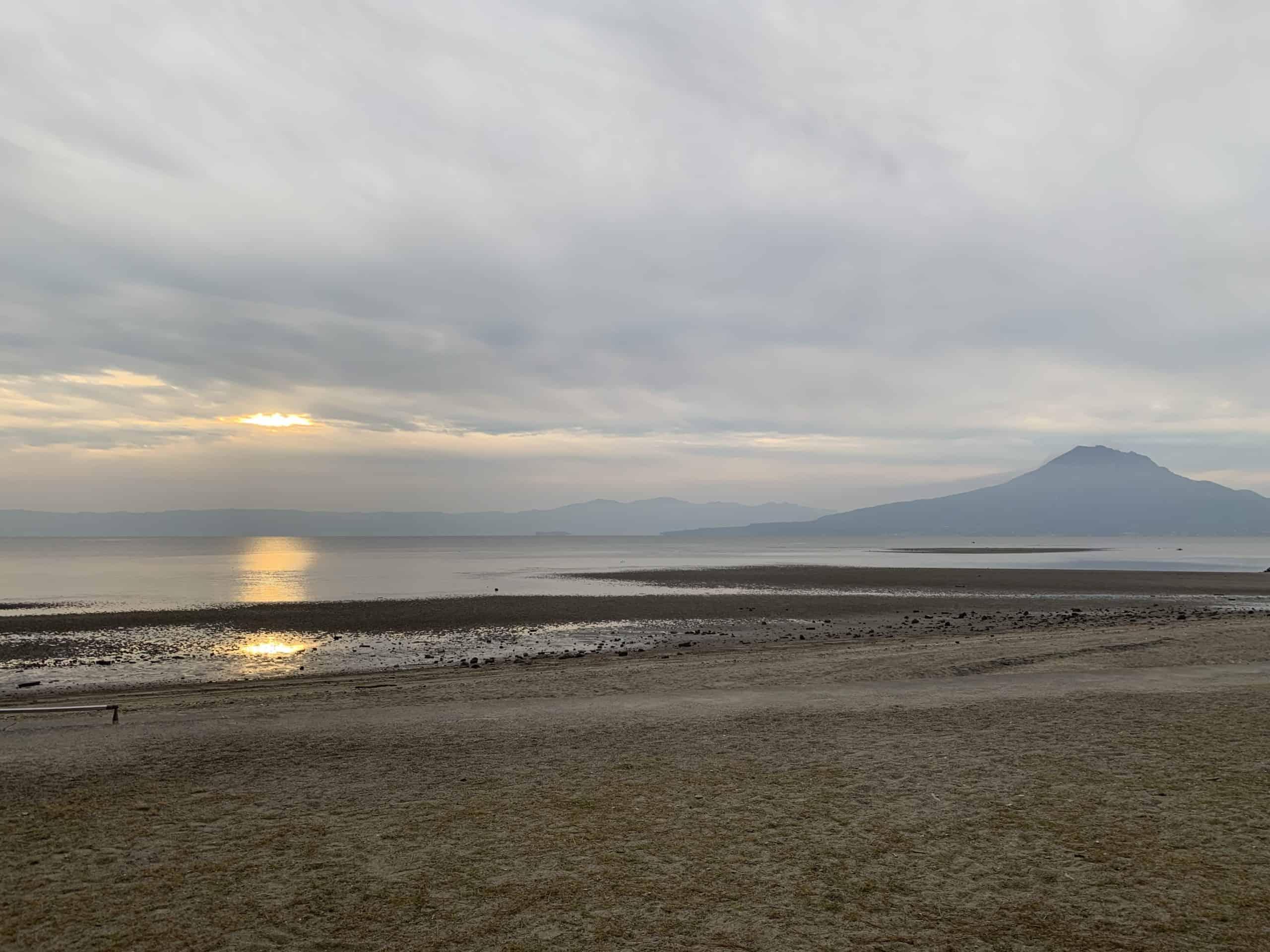 【オジケーション#2】桜島を望む清々しい朝におじさんたちが夢見るセカイ。